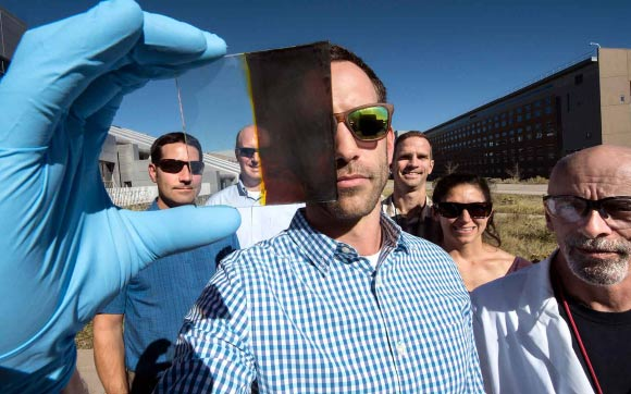 thermochromic windows solar energy