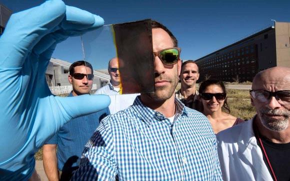 thermochromic windows solar energy